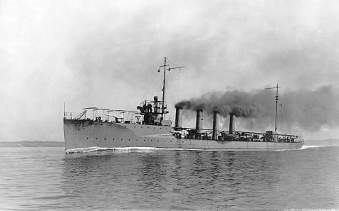 USS Preston (DD-19) underway in 1912.